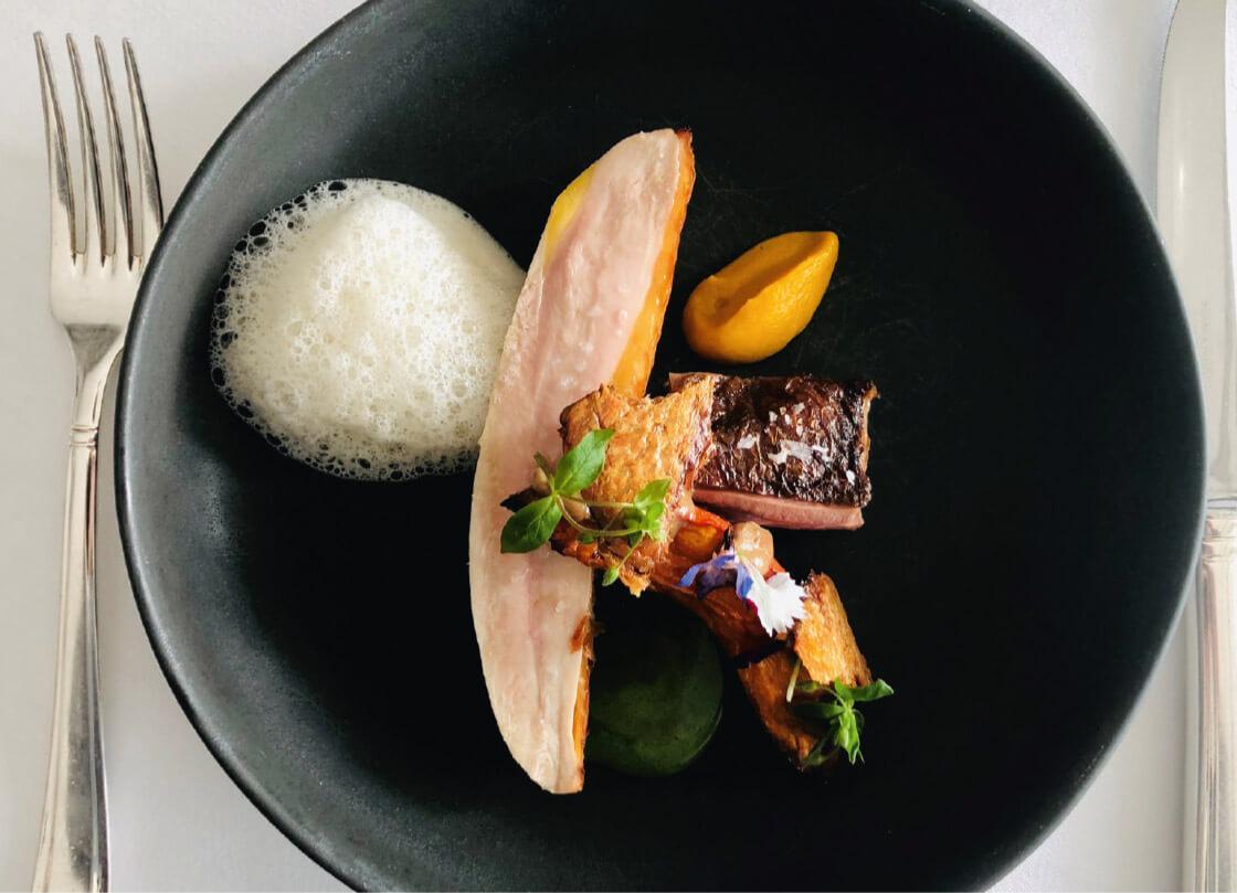 Schwitzers_Sternerestaurant_Mieral_Poularde_Foto